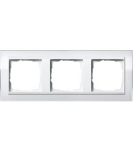 Рамка 3 места Gira 213723 Event Clear для центральных вставок белого цвета Белый