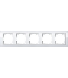 Рамка 5 мест Gira 215723 Esprit для центральных вставок белого цвета Белый