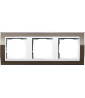Рамка 3 места Gira 213763 Event Clear для центральных вставок белого цвета коричневый