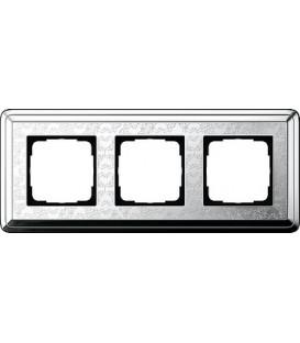 Рамка 3 места Gira 213681 ClassiX Art Хром