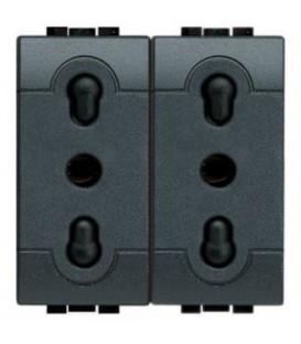 Блок из двух розеток LivingLight 2К+3, 10/16 А, 250В, расст. между центрами отверстий 19 мм и 26 мм, закрытого типа, 2 модуля