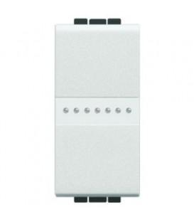 Переключатель на 2 направления с подсветкой (цвет янтарный) LivingLight 16 А 250В, дизайн AXIAL, 1 модуль