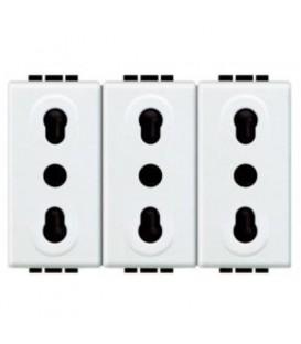 Блок из трех розеток LivingLight 2К+3, 10/16 А, 250В, 3 модуля