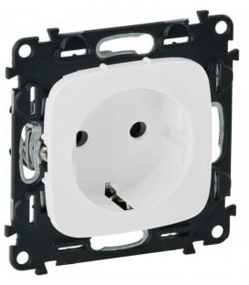 Электрическая розетка с заземлением с защитными шторками Valena Allure, винтовые клеммы (белый)
