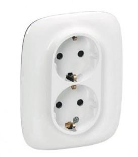 Электрическая розетка двойная с заземлением с защитными шторками Valena Allure, автоматические клеммы (белый)
