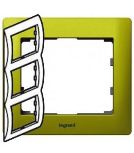 Рамка Legrand Galea life трехместная вертикальная (зеленый)