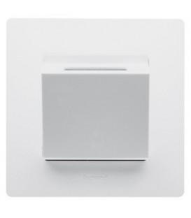 Выключатель Etika с ключом-карточкой (белая)